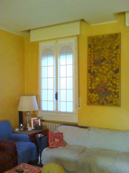 Tende per finestre all inglese casamia idea di immagine - Finestre all inglese ...