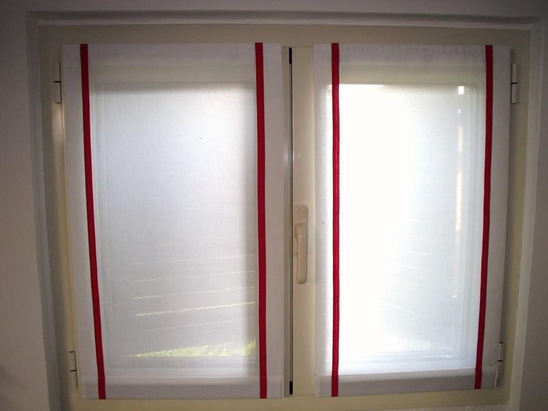 Finest tende arricciate with tenda per porta finestra for Tende x finestre