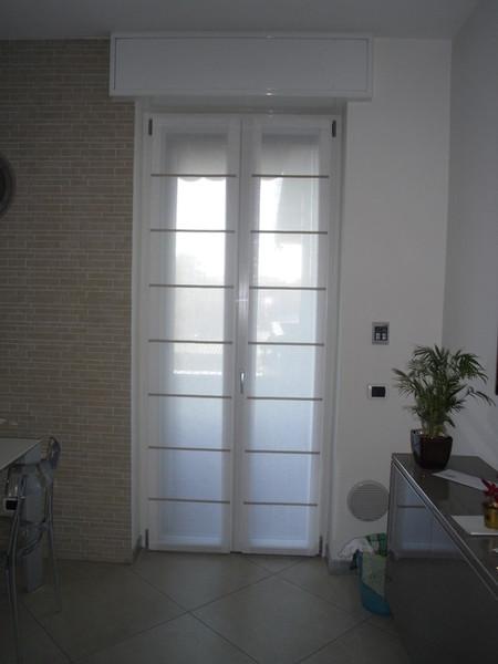 Tende a vetro per finestre di piccole dimensioni per - Tende a pacchetto per cucina ...